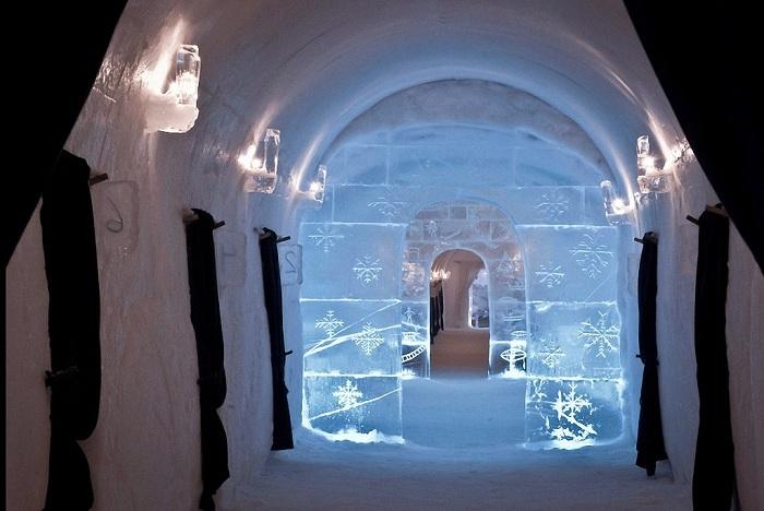 Ледяной отель площадью 2000 кв. метров.