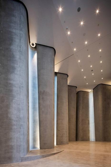 Len Lye Museum. Интерьер.