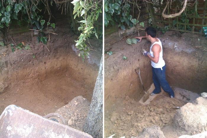 Первоначально Ashley Yeates вырыл яму до нужных размеров.