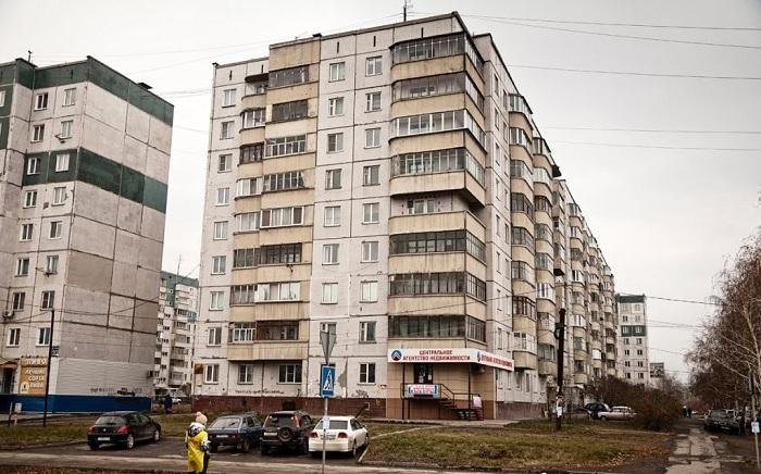 Многоквартирные дома с девятью этажами во многих отношениях экономнее. | Фото: static.panoramio.com.