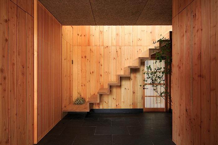 «House in Itsuura». Деревянный дом.