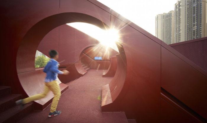 Lucky Knot bridge - пешеходный мост в мегаполисе Чанша (Китай).