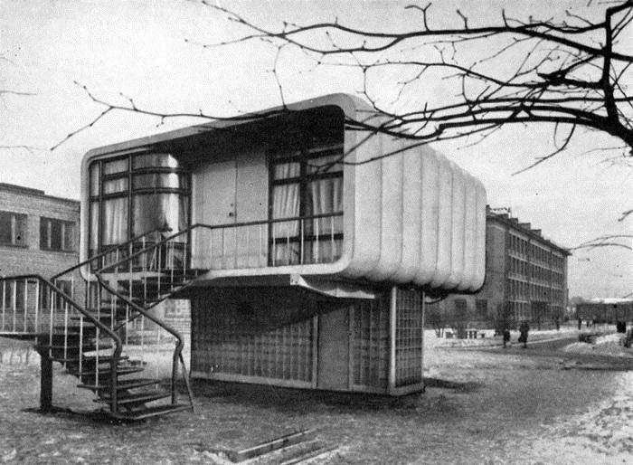 Пластмассовый дом, построенный в Ленинграде в 1961 году.