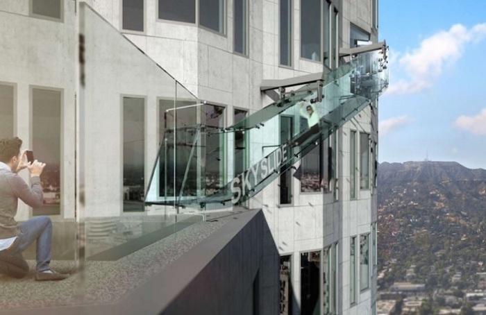 Фирма Gensler разработала дизайн стеклянной горки.