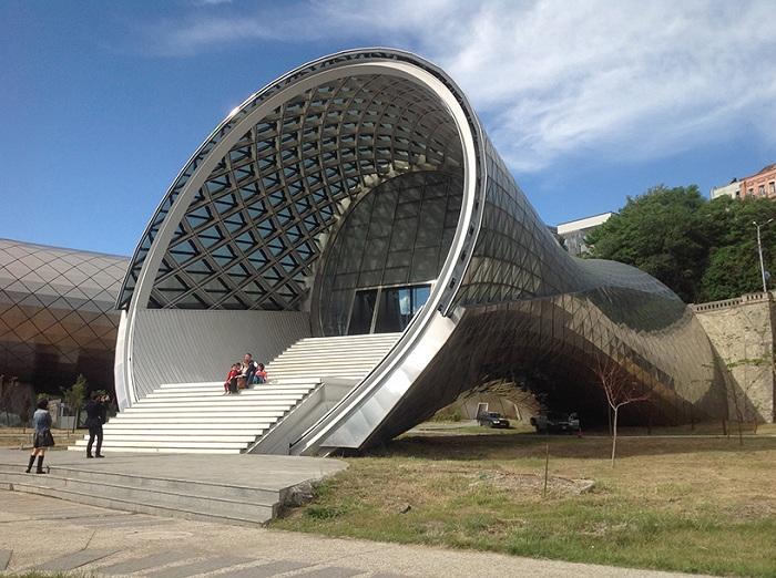Архитекторский проект итальянской студии Fuksas.