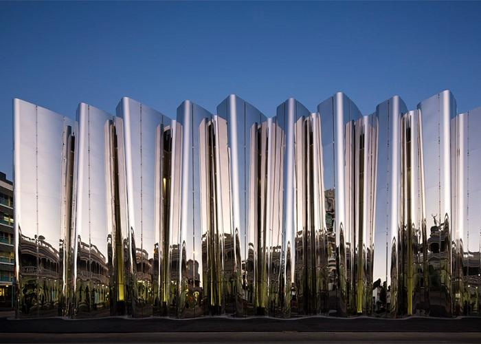 Len Lye Museum. Кинетическая архитектура.