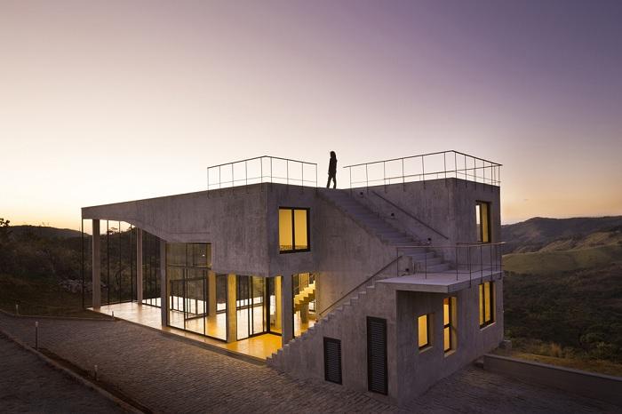 Cerrado House - жилой дом в предгорьях Sierra da Moeda (Бразилия).