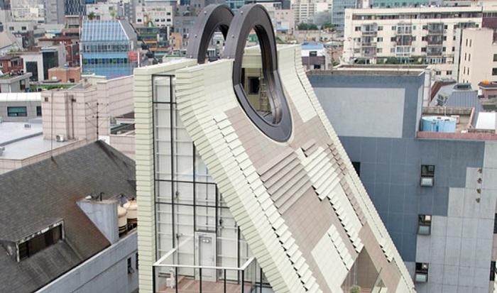 The Simone Handbag Museum - музей сумок в Сеуле.