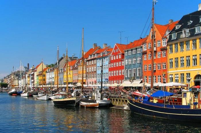 Nyhanv - живописный район Копенгагена.