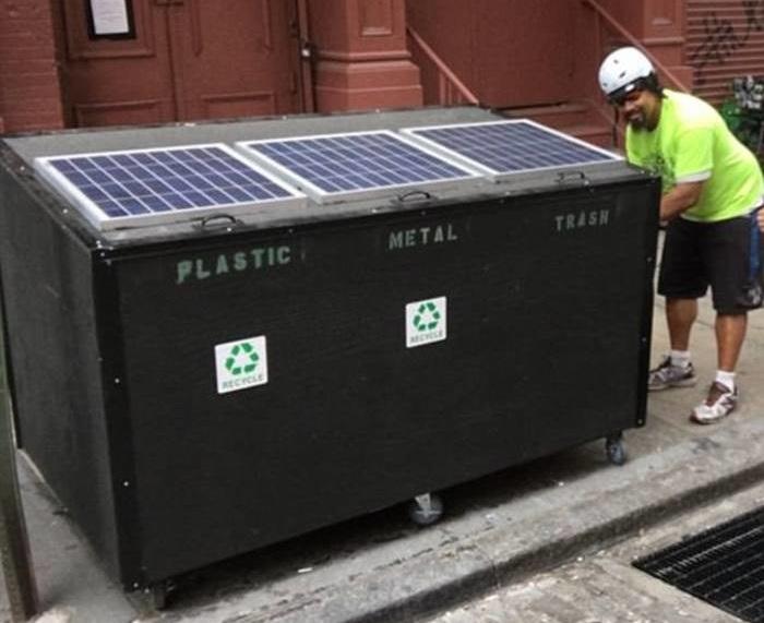 Мусорный контейнер, который предназначен вовсе не для мусора.