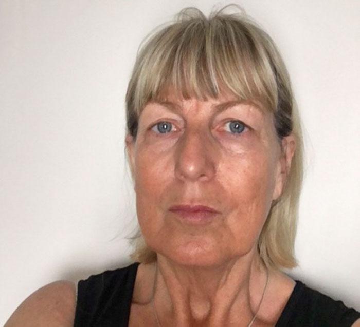 60-летняя бабушка Триша.