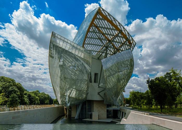 Проект архитектора Frank Gehry.