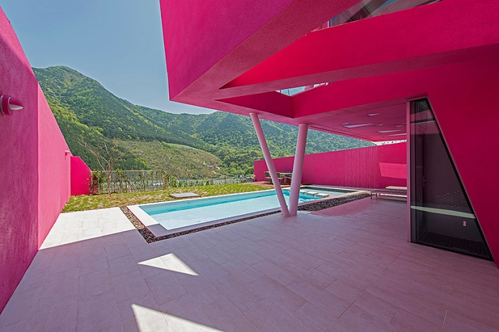 Miryang pool villa - вилла в Южной Корее.