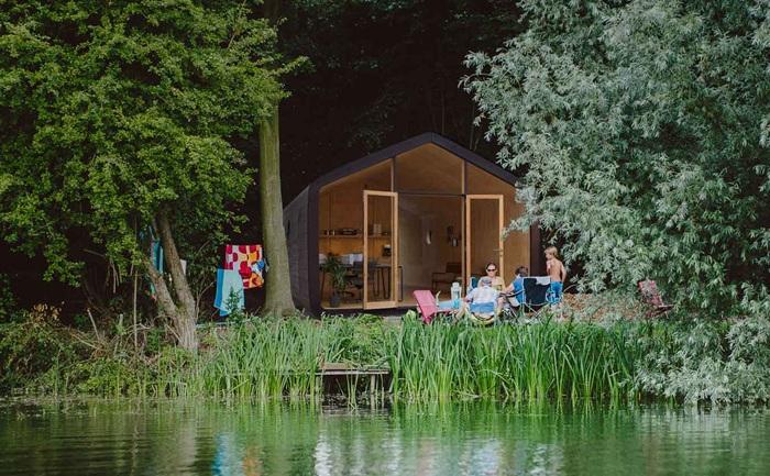 Архитекторский проект картонного дома от голландской компании Fiction Factory.