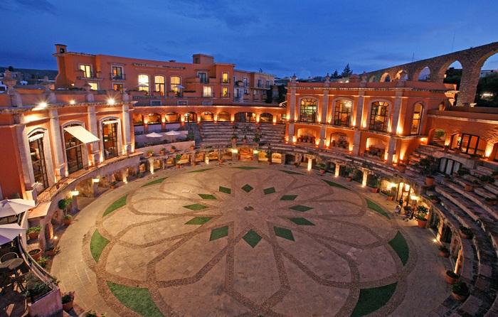 Quinta Real Zacatecas - отель на бывшей арене.