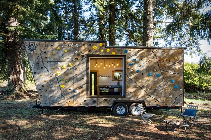 Tiny Adventure Home - домик на колесах.