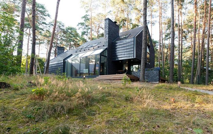 Монолитный загородный дом 170 кв. метров.