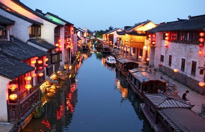 Сучжоу - колоритный китайский город.