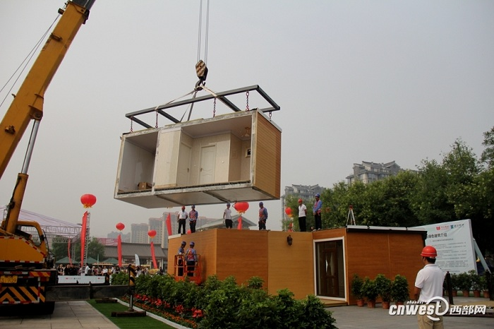 Специалисты компании ZhuoDa собрали дом на участке всего за 3 часа.