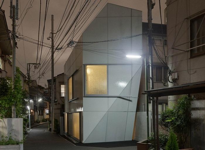 A' House - компактный дом.