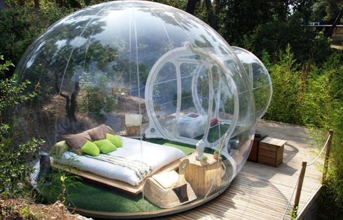 Надувная прозрачная палатка.