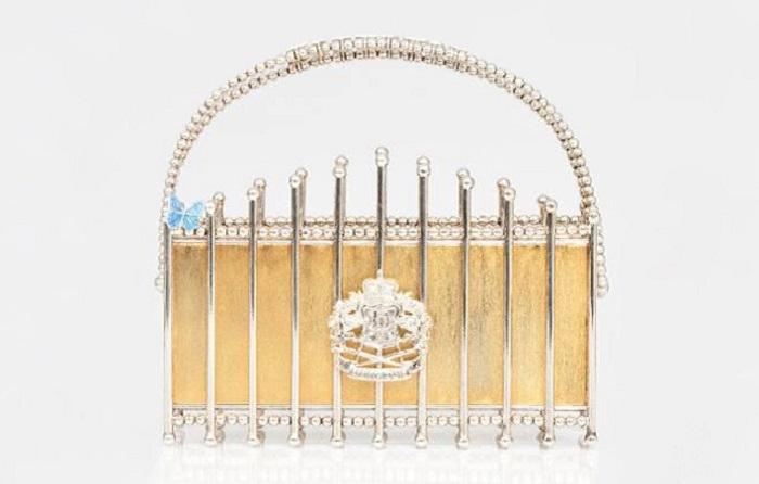 Золотой клатч Le Palais.