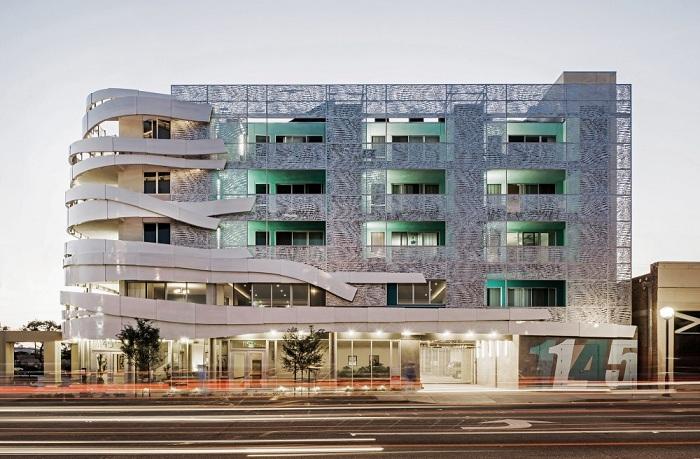 La Brea Affordable Housing - социальное жилье.