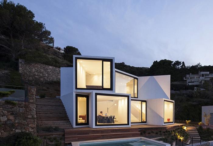 Архитекторский проект студии Cadaval & Sola-Morales.