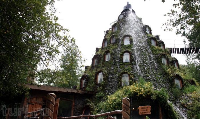 Отель Water-Spewing Volcano Hotel (Чили).