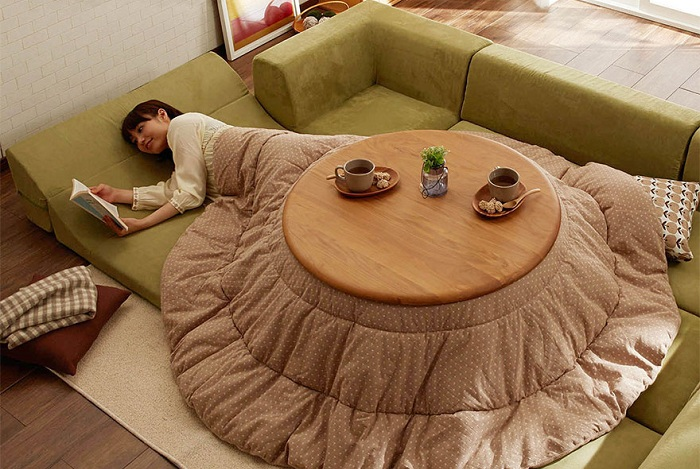 Kotatsu - спасение от холодов в домах японцев.