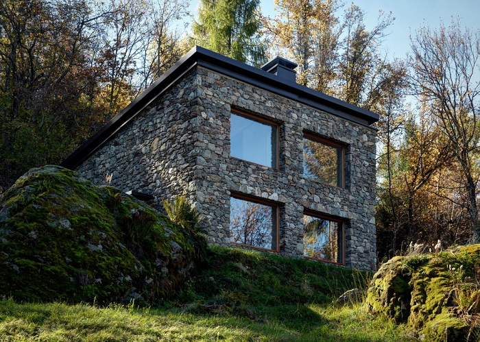 Двухэтажный Casa Vi в деревенском стиле.