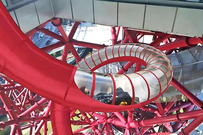 Вокруг башни ArcelorMittal Orbit построят самую высокую и длинную горку.