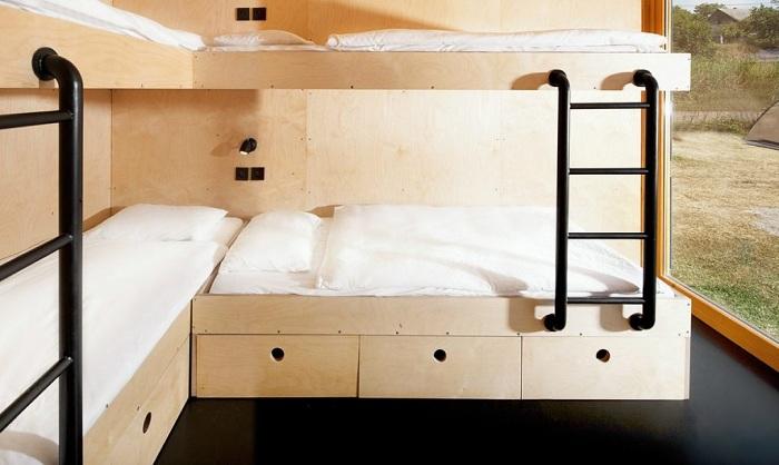 ContainHotel. Двухъярусная кровать.