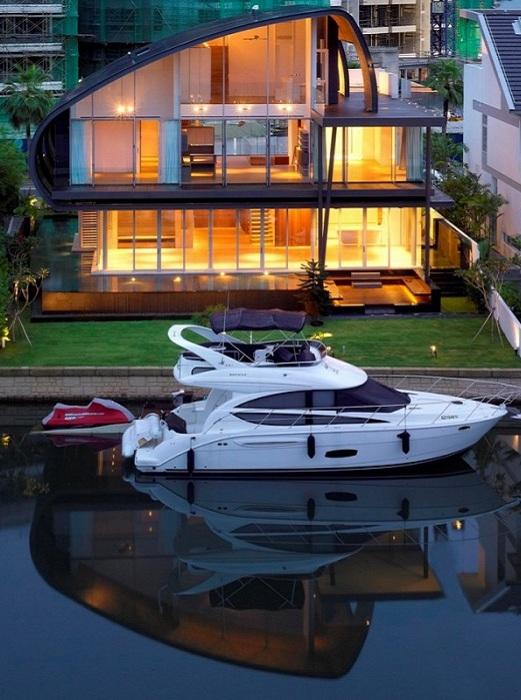 Nautical Lines. Дом на набережной в Сингапуре.