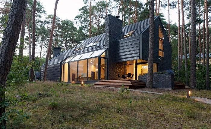 Black House Blues - загородный дом для любителей блюза.