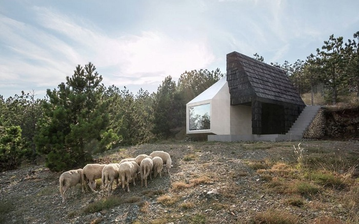 Жилой дом на сербском курорте Дивчибаре.