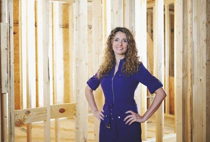 Кара Брукинс - женщина, которая построила дом по обучающим видеороликам.