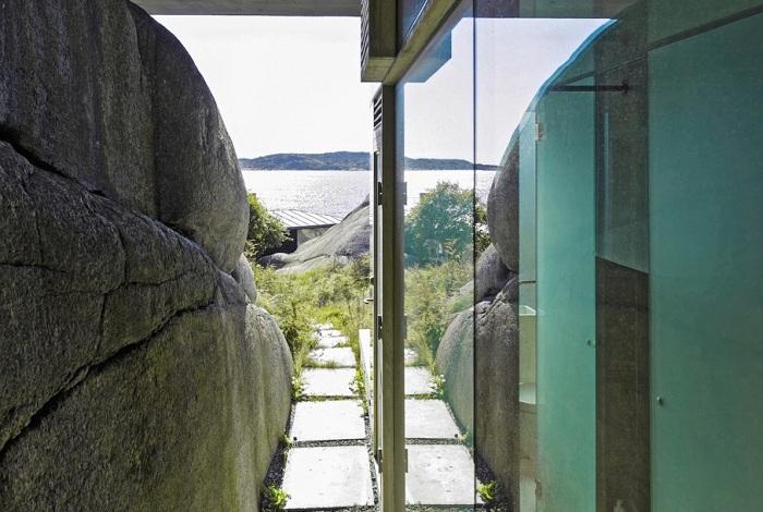 Knapphullet -домик, в котором все стены выполнены из стекла.