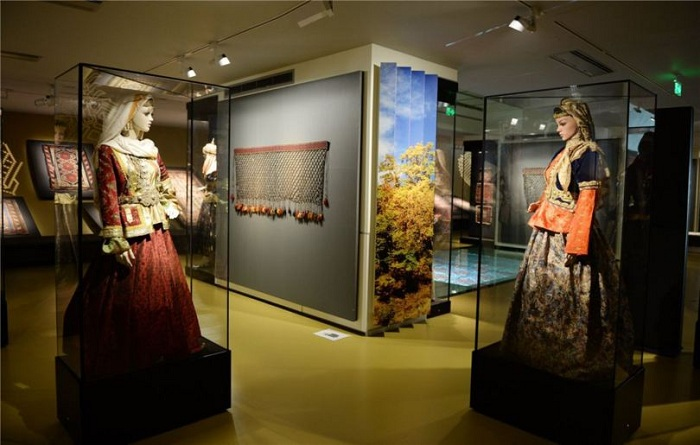 Экспонаты, представленные в Музее ковров.