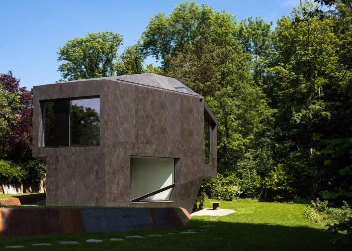 Casa Forest - дом в виде многогранника.