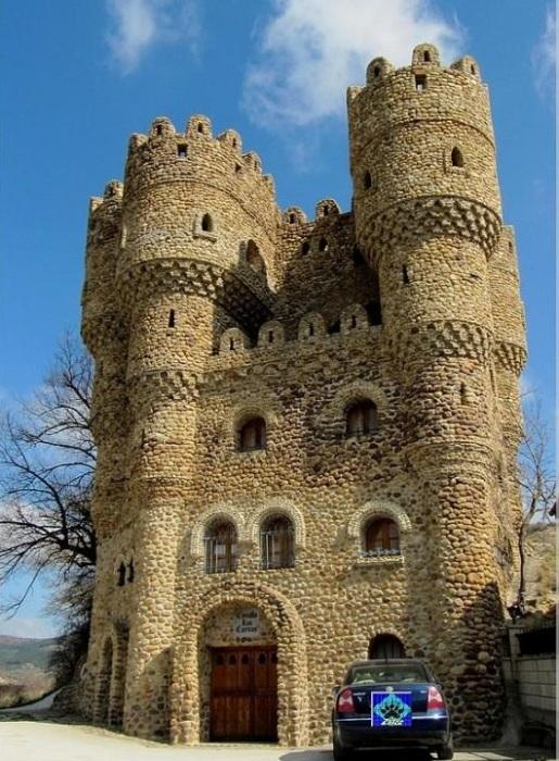 Замок Castillo de las Cuevas.