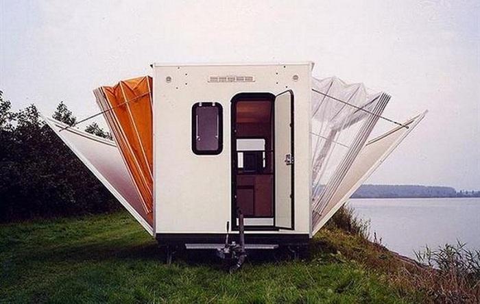 Мобильный дом-гармошка от дизайнера Eduard Bohtlingk.