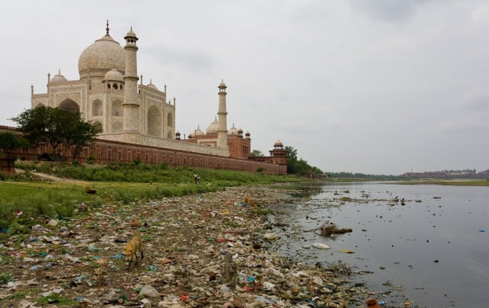 Дели - один из самых грязных городов мира.