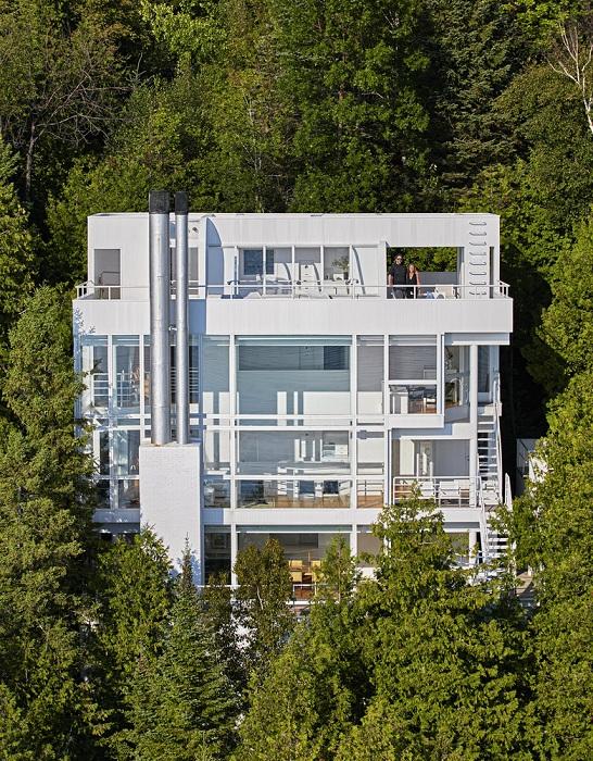 Douglas House - дом, построенный архитектором Ричардом Мейером в 1973 году.