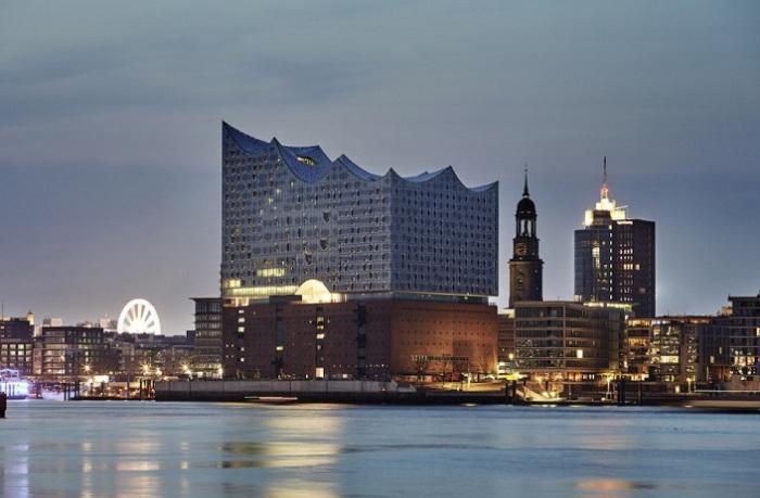 Elbphilharmonie - контраст традиций и современности.