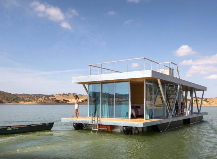 Floatwing - дом на воде от португальских архитекторов.