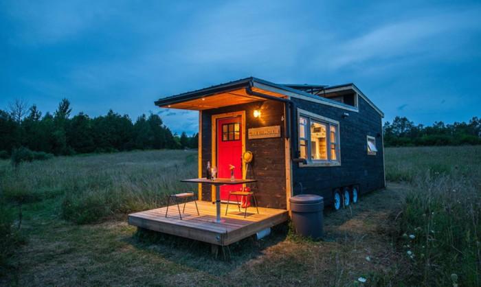 Greenmoxie Tiny House - дом на колесах площадью 31,5 кв. метров.