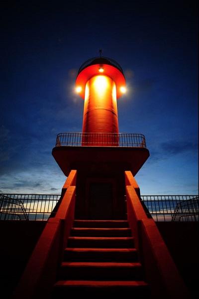 Gunsan Lighthouse. Маяк в виде пагоды.