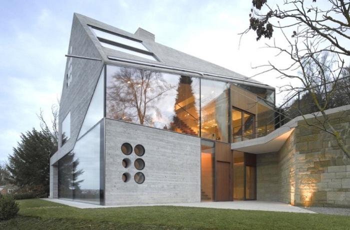 Асимметричный дом Haus 36, расположенный в окрестностях Штутгарта.