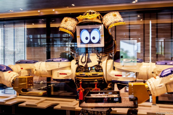 Hajime Robot Restaurant - удивительный ресторан в Бангкоке.